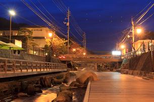 玉造温泉の夕景の写真素材 [FYI01685379]