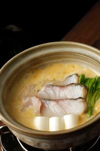 鱈の味噌鍋の写真素材 [FYI01687311]