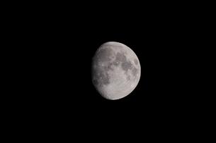 月齢12の月の写真素材 [FYI01687917]