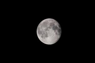 月齢16の月の写真素材 [FYI01687918]