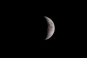 月齢6の月の写真素材 [FYI01688242]
