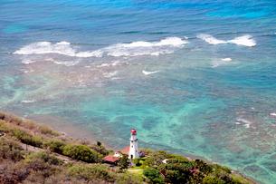 ダイヤモンドヘッドビーチの灯台 オアフ島の写真素材 [FYI01688288]