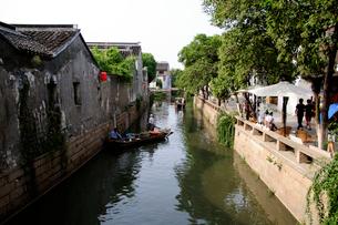 平江の運河と家並み 中国の写真素材 [FYI01688567]