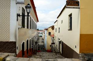 旧市街の古い街並みの写真素材 [FYI01689050]