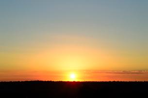 イグアスの滝国立公園内の夕日の写真素材 [FYI01689079]