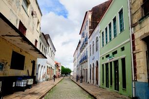 旧市街の古い街並みの写真素材 [FYI01689091]