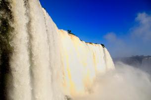 イグアスの滝悪魔ののど笛の写真素材 [FYI01689313]