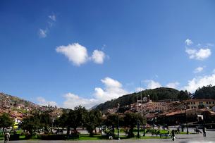 アルマス広場と青空の写真素材 [FYI01689505]