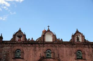 アルマス広場の教会の建物の写真素材 [FYI01689506]