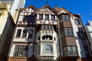 パース市街のロンドンコートのからくり時計の写真素材 [FYI01690797]