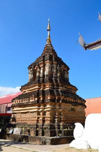 寺院のワット・ジェット・リンの写真素材 [FYI01691113]