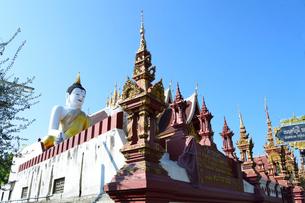 寺院のワット・モンティエンの仏像の写真素材 [FYI01691474]