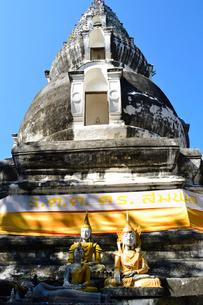 寺院のワット・クー・タオの写真素材 [FYI01691675]