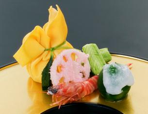 日本料理、前菜料理の写真素材 [FYI01692077]