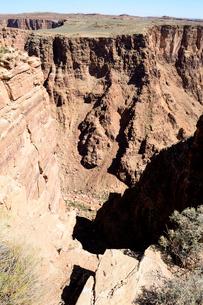 リトルコロラドシーニックオーバールックから渓谷を望むの写真素材 [FYI01692168]
