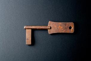 古い日本の鍵の写真素材 [FYI01692361]