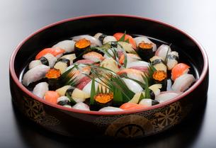 握り寿司の写真素材 [FYI01692537]