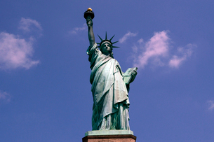 リバティー島の自由の女神像の写真素材 [FYI01692680]