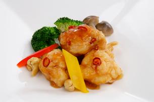 中華料理、伊勢エビのピリ辛炒めの写真素材 [FYI01693014]