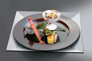 日本料理、前菜料理の写真素材 [FYI01693019]