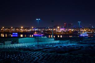 港の夜景の写真素材 [FYI01693034]