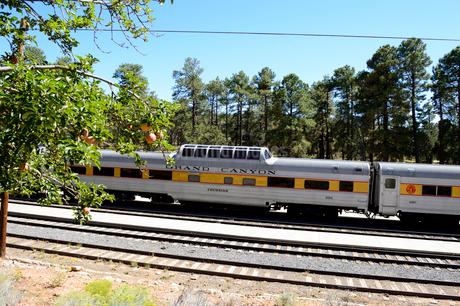 グランドキャニオン国立公園のグランドキャニオン鉄道の車両の写真素材 [FYI01693251]