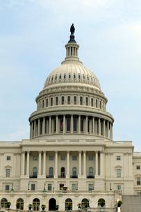 ワシントンD.C.の国会議事堂の建物の写真素材 [FYI01693385]