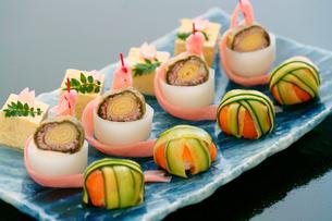 和食料理の前菜の写真素材 [FYI01693496]