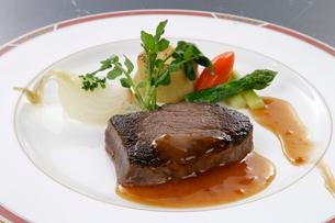 肉料理の写真素材 [FYI01693720]