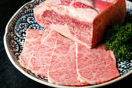 霜降りカルビ肉の写真素材 [FYI01693951]