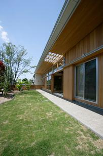 住宅の外観の写真素材 [FYI01694503]