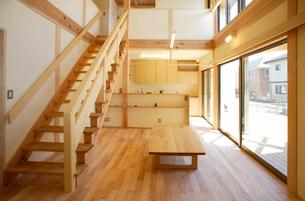 住宅,階段の写真素材 [FYI01694642]