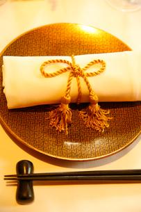 台湾料理のテーブルセットの写真素材 [FYI01694658]