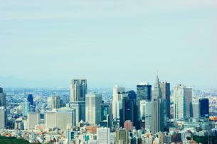 六本木ヒルズより新宿のビル群を望むの写真素材 [FYI01694774]