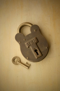 鍵の写真素材 [FYI01695508]