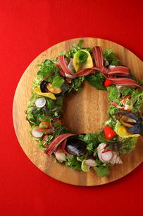 クリスマススペシャルサラダの写真素材 [FYI01697341]