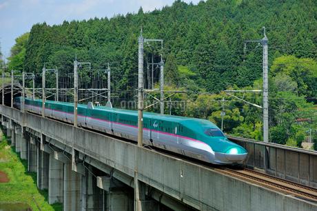東北新幹線はやての写真素材 [FYI01698670]