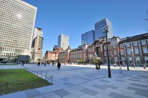 東京駅中央広場の写真素材 [FYI01701881]