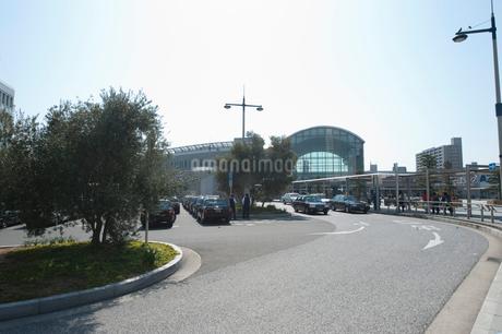 讃岐高松うどん駅前の写真素材 [FYI01703585]