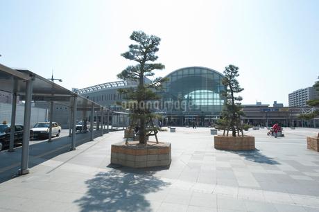 讃岐高松うどん駅前の写真素材 [FYI01704599]