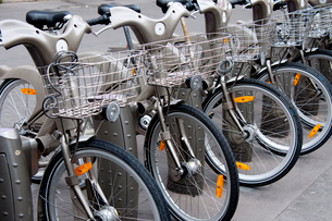 パリのレンタル自転車の写真素材 [FYI01708128]
