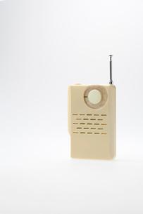 レトロ風トランジスタラジオの写真素材 [FYI01708131]