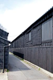 黒壁の家屋の写真素材 [FYI01708136]