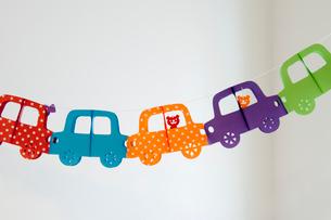 子供部屋の車の飾り物の写真素材 [FYI01708145]