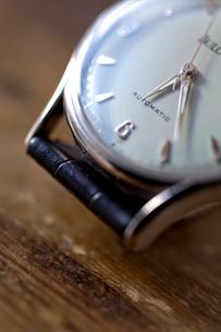 腕時計のアップの写真素材 [FYI01708486]