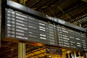 フランスの駅の発着インフォメーションボードの写真素材 [FYI01708848]