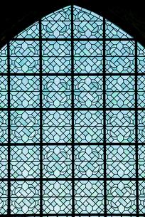 モンサンミッシェル修道院内のステンドグラスの写真素材 [FYI01708964]