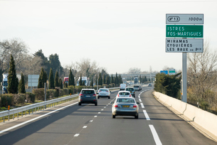 南フランスの高速道路の写真素材 [FYI01709048]