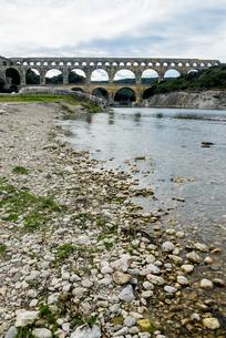 水道橋ポン・デュ・ガールの写真素材 [FYI01709059]