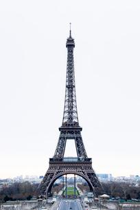 冬のエッフェル塔の写真素材 [FYI01709069]